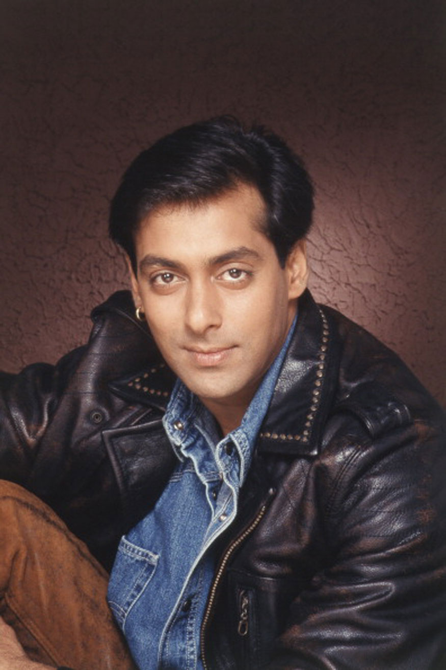 Salman Khan Birthday Special: Rare & Unseen Photos of 'Bhai' of Bollywood