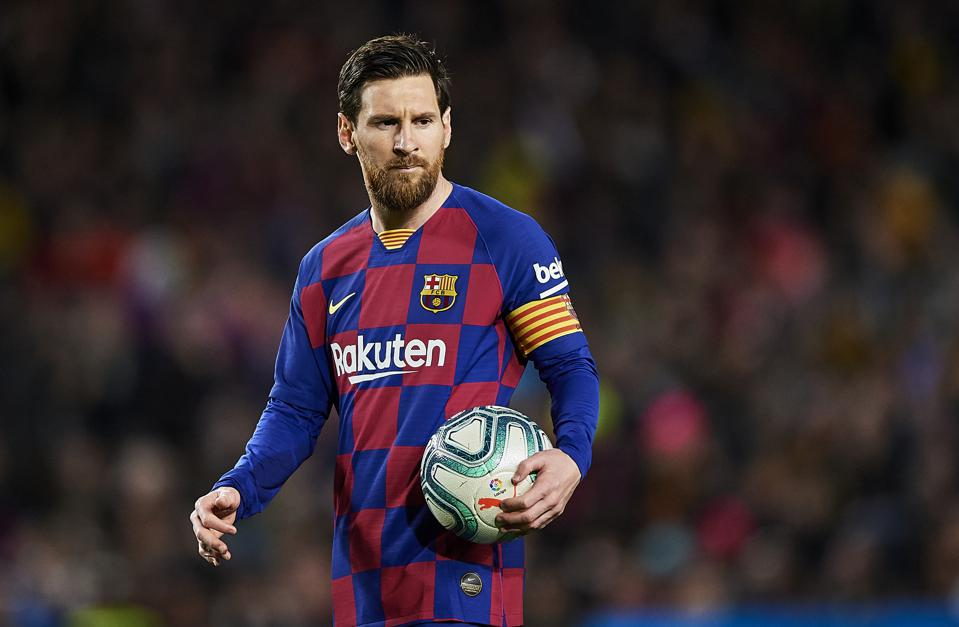 Messi sent off for first time in his Barcelona career