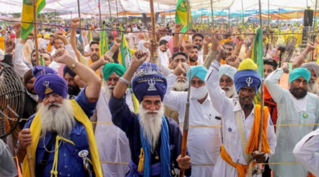 Farmers to intensify protest, will march towards Parliament on budget day: Reports