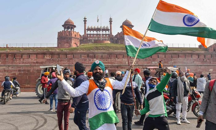 After hoisting flag at Red Fort 'Message Delivered'; Protesting farmers recede
