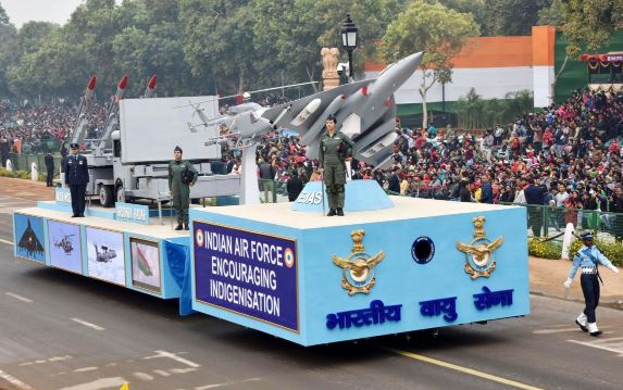 Republic Day parade concludes with Rafale carrying out a 'Vertical Charlie'