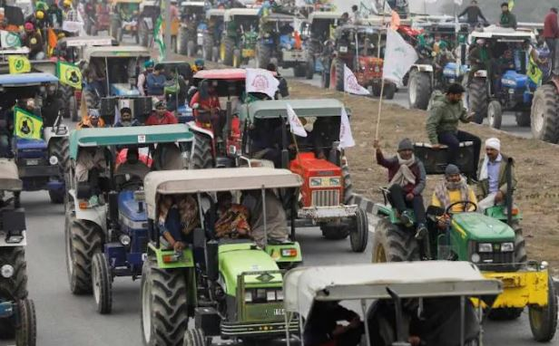 Farmers' tractor rally permission yet to be decided by Cops today: Sources