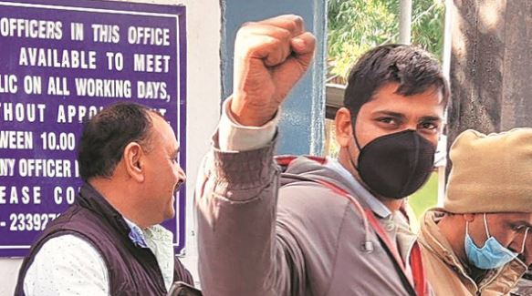 Farmers' protest: Journalist Mandeep Punia arrested from Singhu border gets bail