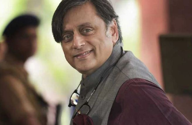 SC stays arrest of Shashi Tharoor, Rajdeep Sardesai, 5 others in sedition charges