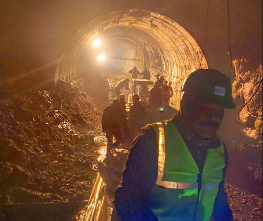 Rise in Dhauli Ganga water level temporarily halts Tapovan tunnel rescue work