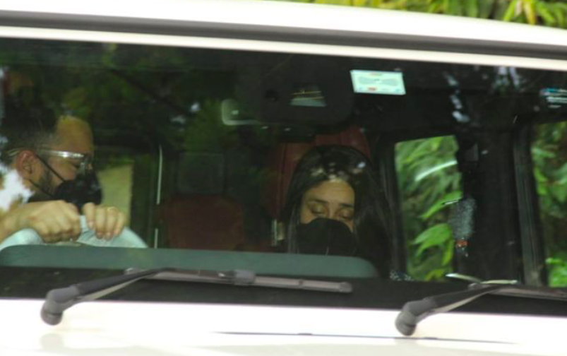 Kareena, Saif spotted first time after 2nd son's birth, test drive new SUV