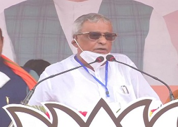 Suvendu Adhikari's father and TMC MP Sisir Adhikari joins BJP in Shah's rally