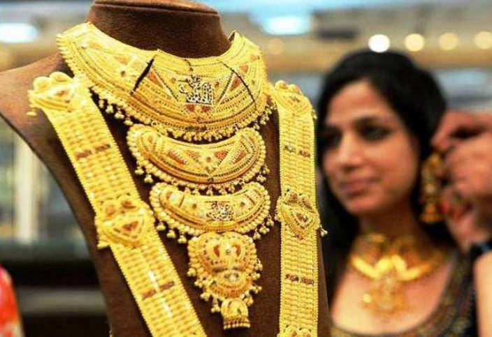 Gold prices touches 2-month high, rates go up ₹4,000 this month