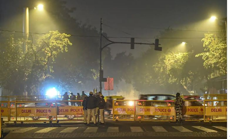 Delhi govt to extend weekend curfew amid Covid surge: Reports