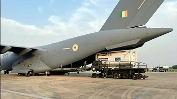 Singapore sends two planeloads of medical oxygen to India