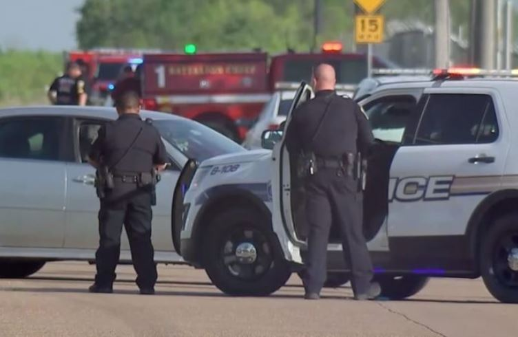 Gunman opens fire at Texas cabinet business, one dead, six injured