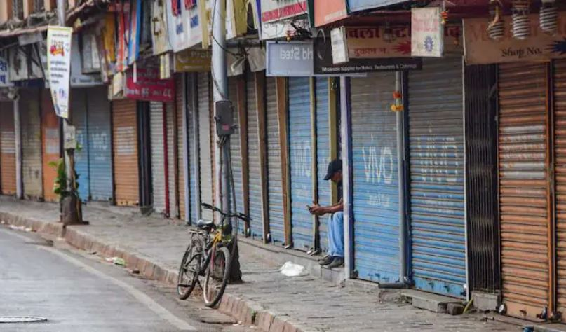Traders' body urges Delhi CM to extend lockdown by another week, shuts markets