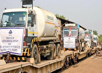 Delhi receives second 'Oxygen Express'; third on way from Angul
