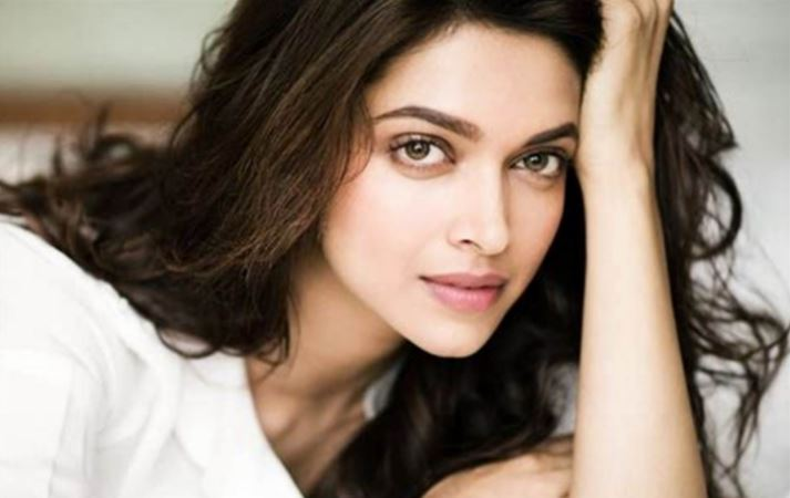 After family, Deepika Padukone tests COVID-19 positive, father hospitalised