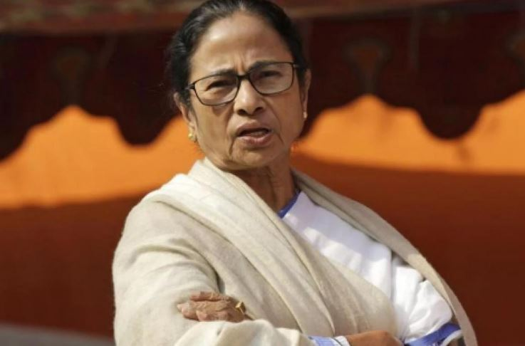 Hours after Mamata takes charge, receives warning from Home Ministry