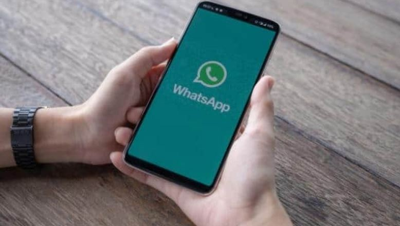 WhatsApp new update offers bigger photos and videos in chats