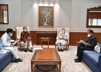 """""""Not Like I Met Nawaz Sharif"""": CM Thackeray after face-time with PM"""