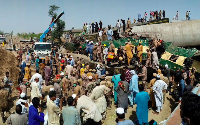 At least 30 dead, 50 injured as passenger train in Pakistan derails, crashes into another