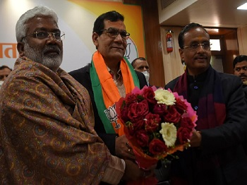 Ex-IAS officer & PM Modi's aide AK Sharma appointed as UP BJP Vice Prez