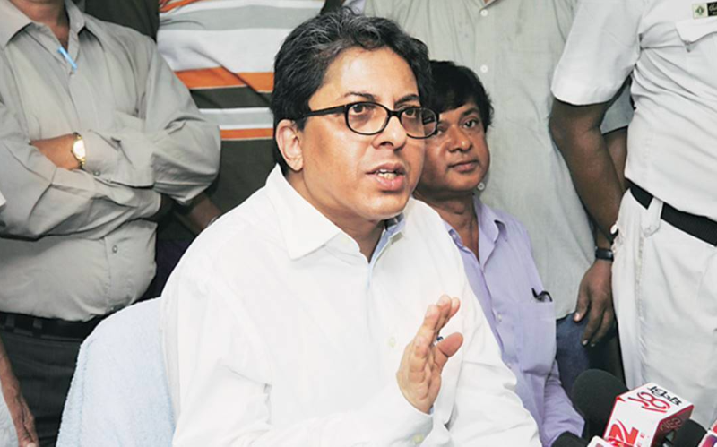 Proceedings start against West Bengal officer caught in Mamata-Centre clash