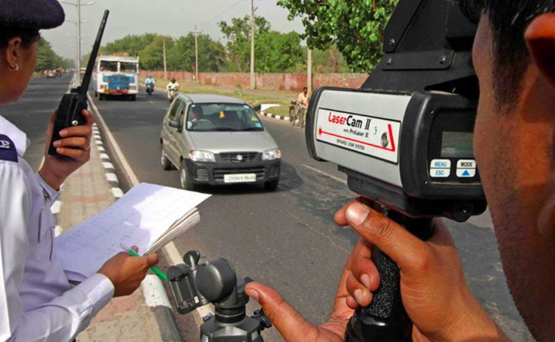Delhi Traffic Police revise maximum speed limits for motor vehicles, Deets here!