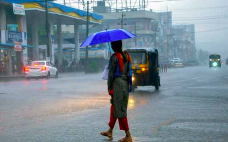 IMD predicts heavy rainfall in many states till 8th Aug. Here's latest forecast