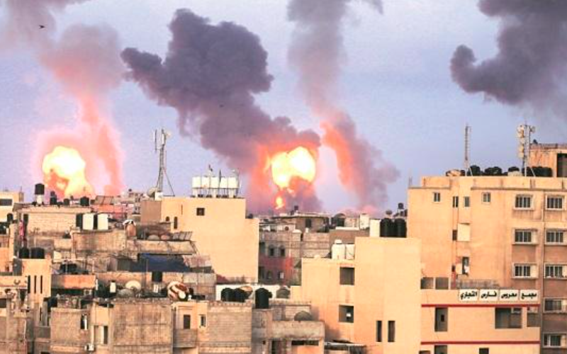 Israel launches airstrikes in Gaza, first time since end of last month's fighting
