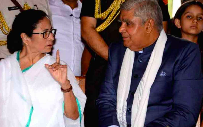 Mamata Banerjee gains fortuitous favour in war against Bengal Governor