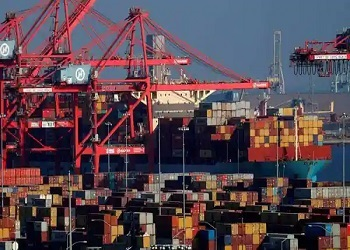 India's exports jump to $32.27 billion in May; trade deficit at $6.28 billion: Govt