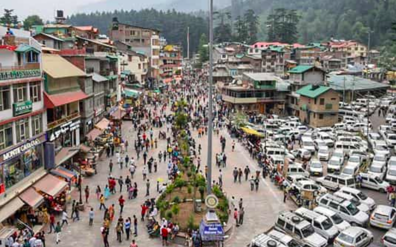 Centre warns of re-imposing Covid-19 restrictions as tourists flock to hill stations