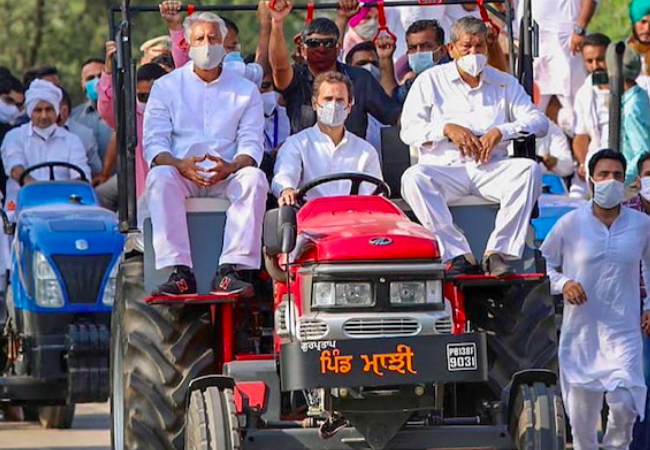 Farmers' protest: RaGa reaches Parliament on tractor in protest against agri-laws