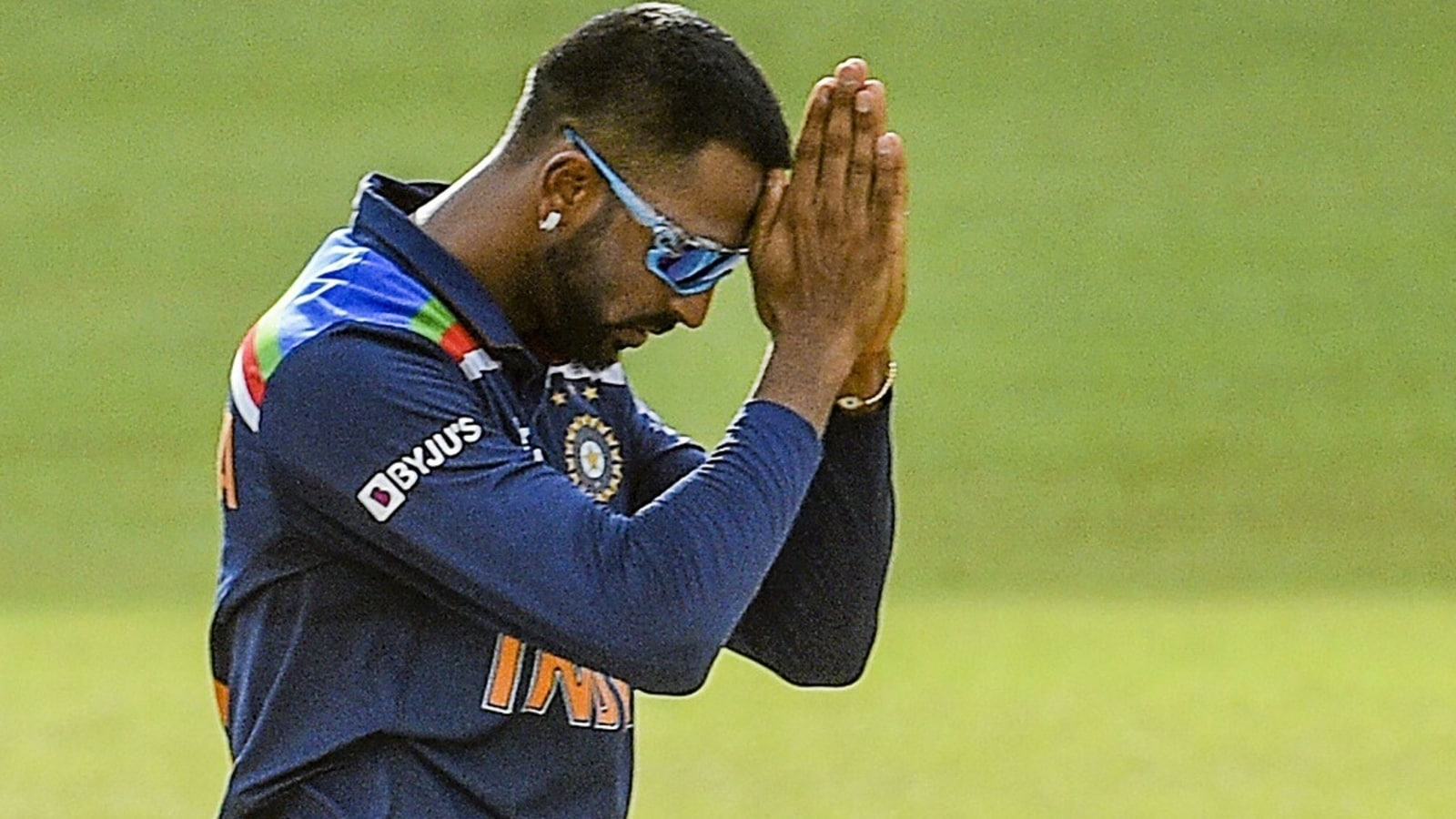 IND v/s SRL 2nd T20I: After found krunal pandya COVID test positive, match is posponed by a day