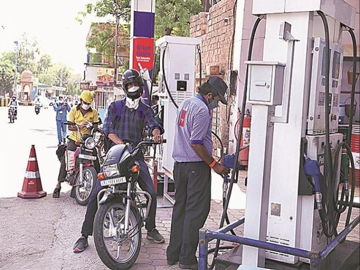 Relief to Fuel consumers, no revision in petrol and diesel prices