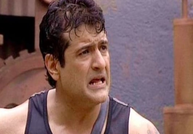 WhatsApp chats suggest actor Armaan Kohli scored drugs from the peddler: NCB
