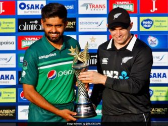 """New Zealand pull out of Pakistan tour citing """"security alert"""" just before 1st ODI"""