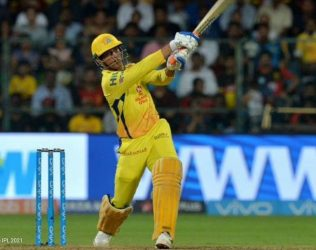 Dhoni will need to take more responsibility for CSK as batsman: Bishop