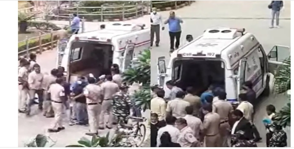 Shootout at Delhi's Rohini court, 3 including top gangster Gogi killed: Sources