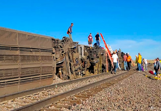 US: At least 3 dead, many injured as Amtrak train derails in Montana