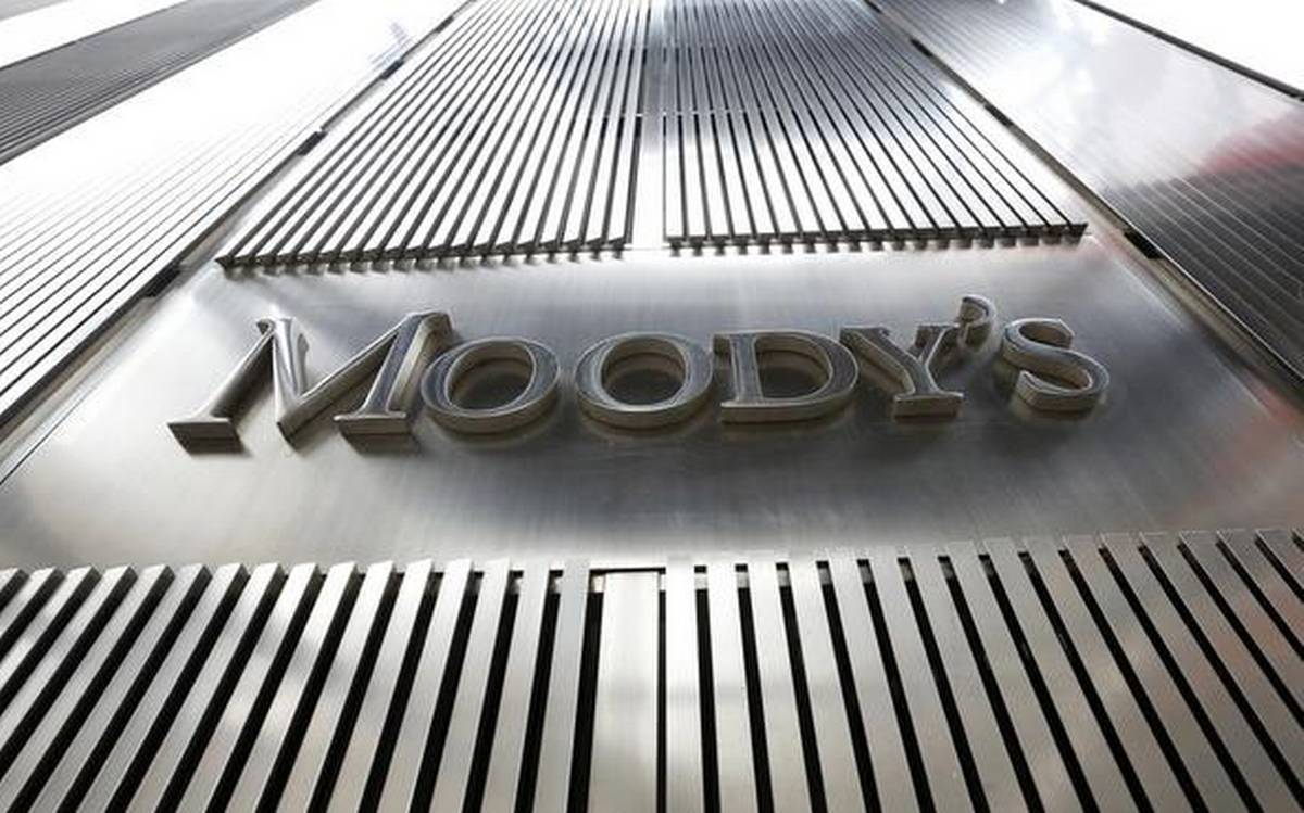 Moody's upgrades India's outlook to stable, affirms rating: Sources