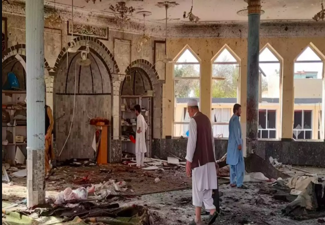 Deadly blast at Shiite mosque in Afghanistan's Kunduz city kills 50, several wounded