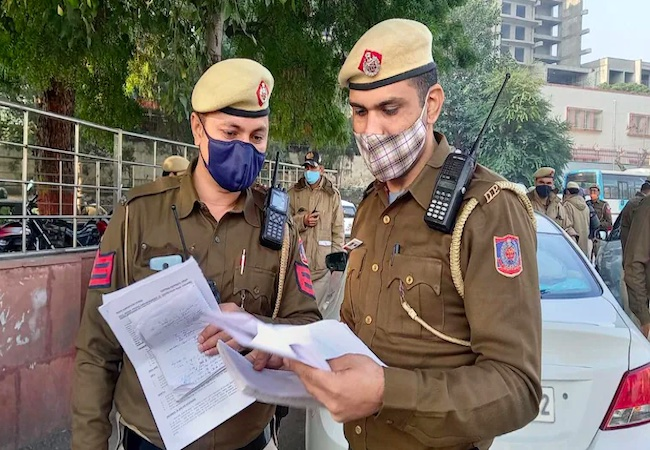 Delhi cyber police arrest 12, including 3 HDFC Bank employees in a fraud case