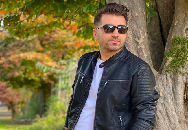 Fans going gaga over Omid Mehraban's new song release